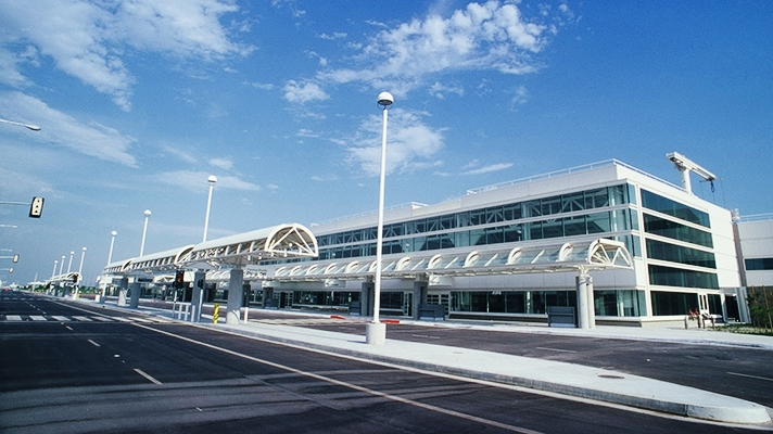 Ontario airport shuttle services xpress shuttles for Best parking near lax